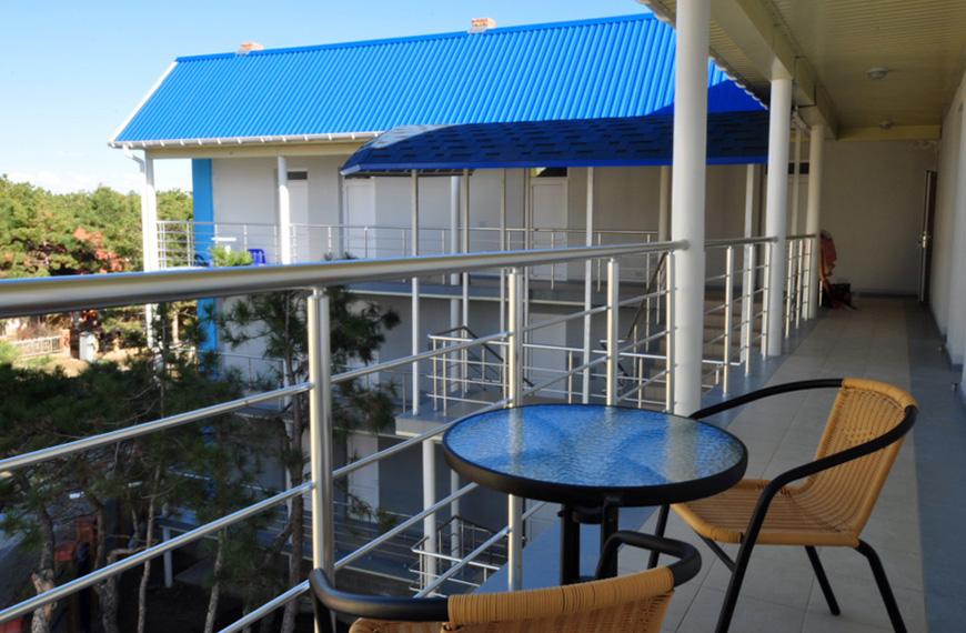 Хороший отель для отдыха в Крыму – Лора
